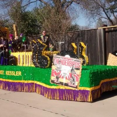 Oak Cliff Mardi Gras Parade by McKay Heim 4