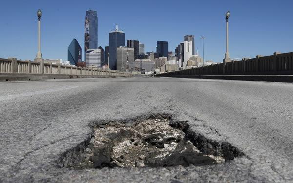 bridge-pothole